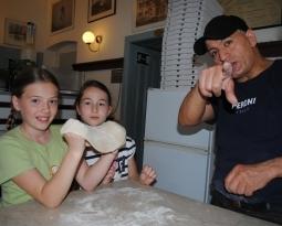 Pizzakoch ist Star der Kids!